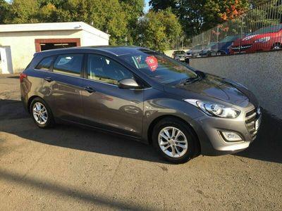 used Hyundai i30 1.6 CRDi Blue Drive SE Tourer 5dr