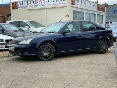 used Ford Mondeo 2.2 TDCi 155 PS ST SIII 5-Door