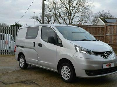 used Nissan NV200 1.5 DCI TEKNA 5 Seat Crew Van 90 BHP