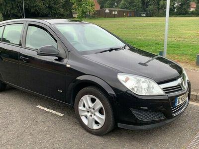 used Vauxhall Astra 1.8 Club 16v (140ps) Hatchback