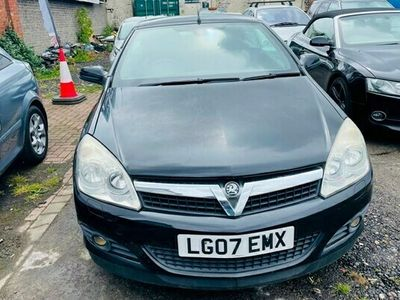 used Vauxhall Astra Cabriolet TwinTop 1.8 VVT Design 2d Auto