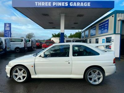 used Ford Escort 2.0 Luxury 3dr