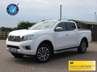 used Nissan Navara 2.3 dCi Tekna Double Cab Pickup Auto 4WD 4dr