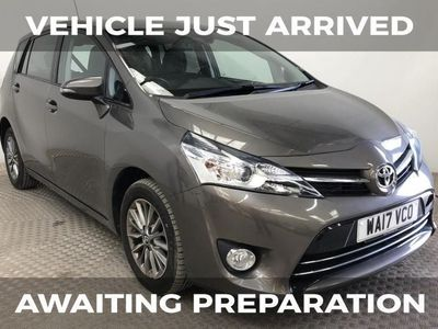 """used Toyota Verso 1.6 D-4D ICON 5d 110 BHP 16"""" ALLOY WHEELS + CRUISE CONTROL"""