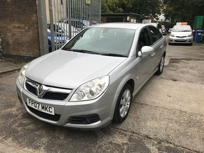 used Vauxhall Vectra PETROL MANUAL HATCHBACK 5 DOORS