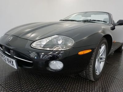 used Jaguar XK8 4.2 SPORTS-LOW MILEAGE EXAMPLE-HEATED LEATHER-CRUISE CONTROL 2dr