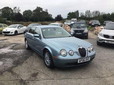 used Jaguar S-Type 2.7d V6 SE 4dr AUTO ***LOW MILES-FULL HISTORY-FULL SPEC AUTO***