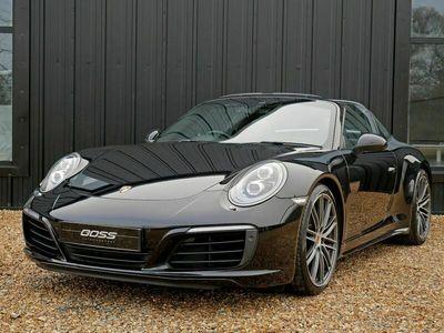 used Porsche 911 Targa 4S PDK - BIG SPEC - PDLS+ / SPORT CHRONO / REAR CAM 3.0 2dr