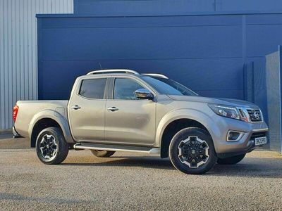 used Nissan Navara 2.3 dCi Tekna Double Cab Pickup Auto 4WD 4dr