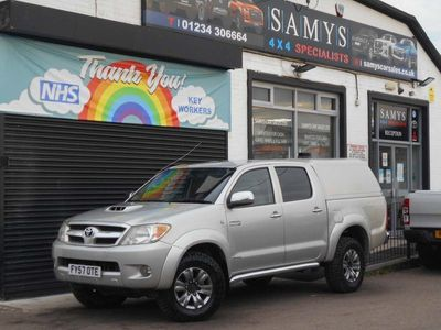 used Toyota HiLux 3.0 D-4D Invincible Double Cab Pickup 4dr