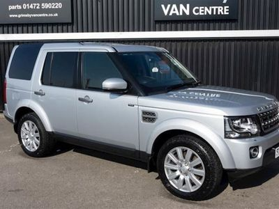 used Land Rover Discovery 4 Discovery 4SE Commercial 3.0SV6 Automatic in Silver, 2015, Van, 52810 miles.