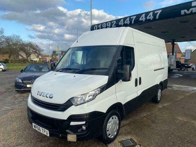 used Iveco Daily 2.3 TD 12V 35S 3520 (Business Premium Edition) MWB High Roof 5dr