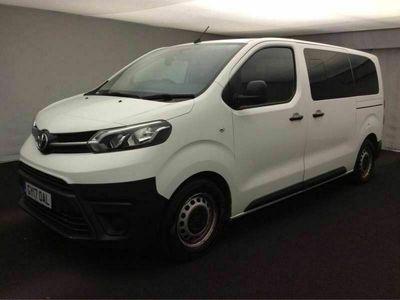 used Toyota Proace 1.6D Combi Medium Combi Van MWB EU6 (s/s) 6dr (9 Seat) 6-Door 9 Seater, Euro 6