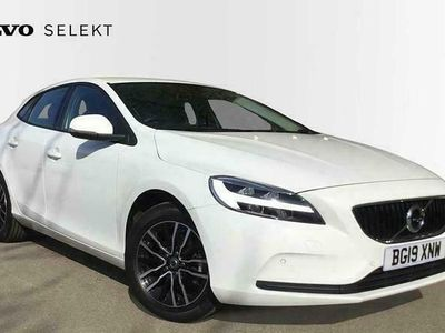 used Volvo V40 D2 Momentum ( Navigation Front & Rear Park Assist, Rear Camera)