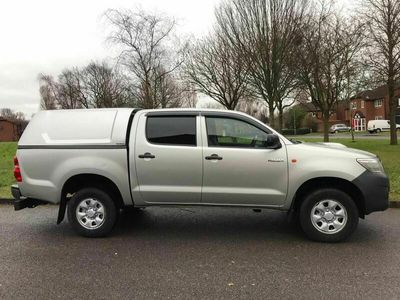 used Toyota HiLux 2.5 D-4D Active Double Cab Pickup 4WD 4dr
