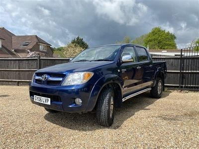 used Toyota HiLux Invincible D/Cab Pick Up 2.5 D-4D 4WD