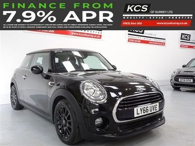 used Mini Cooper HATCH COOPER 1.53d 134 BHP PEPPER PACK-NAVIGATION SYSTEM