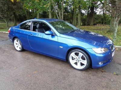 used BMW 330 3 Series i SE 2dr Auto 61000 miles from new full leather trim