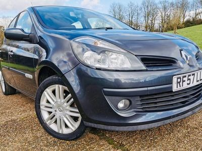 used Renault Clio 1.6 VVT Initiale 5dr