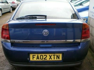 used Vauxhall Vectra 1.8i LS