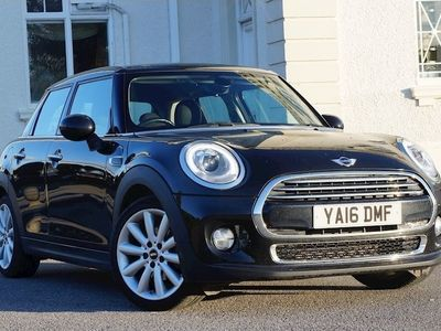 used Mini Cooper Hatchback 1.55Dr [Tech/Chili Pack]
