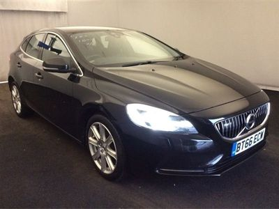 used Volvo V40 2.0 D2 INSCRIPTION 5d + 1 OWNER + FULL LEATHER + SAT NAV + CLICK AND COLLECT OPTIONS AVAILABLE