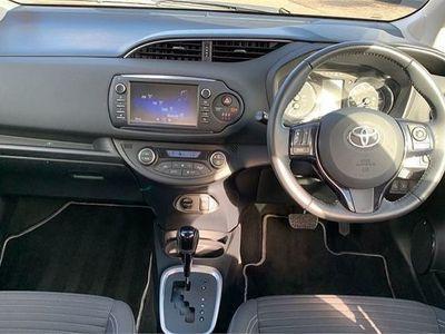 used Toyota Yaris Hatchback 1.5 Hybrid Design 5dr CVT