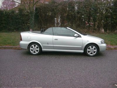 used Vauxhall Astra Cabriolet 2.2 16V 2dr Auto