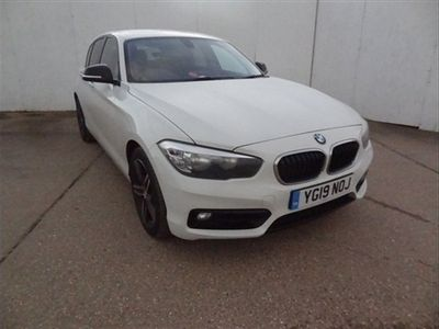used BMW 118 1 SERIES i Sport 5dr Step Auto White Automatic Petrol