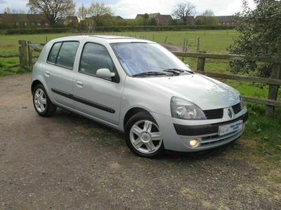 used Renault Clio 1.4 16v Privilege 5dr