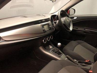 used Alfa Romeo Giulietta 1.6 JTDM-2 Progression Hatchback 5dr Diesel Manual (s/s) (99 g/km, 120 bhp)