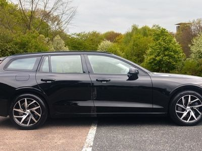 used Volvo V60 2.0 T5 Petrol 250hp Momentum N Estate 2018