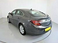 used Vauxhall Insignia 2.0 CDTi ecoFLEX Tech Line 5dr [Start Stop] Hatchback 2015
